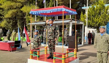 HoM & FC Maj Gen Ishwar Hamal Saluting the Honor Guard