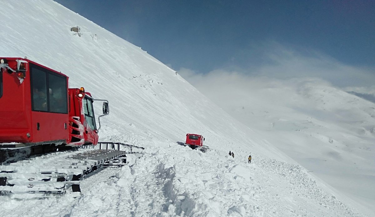 Clearing the Snow In Routes for Operational Necessity and Logistic supply by Pisten Bully.