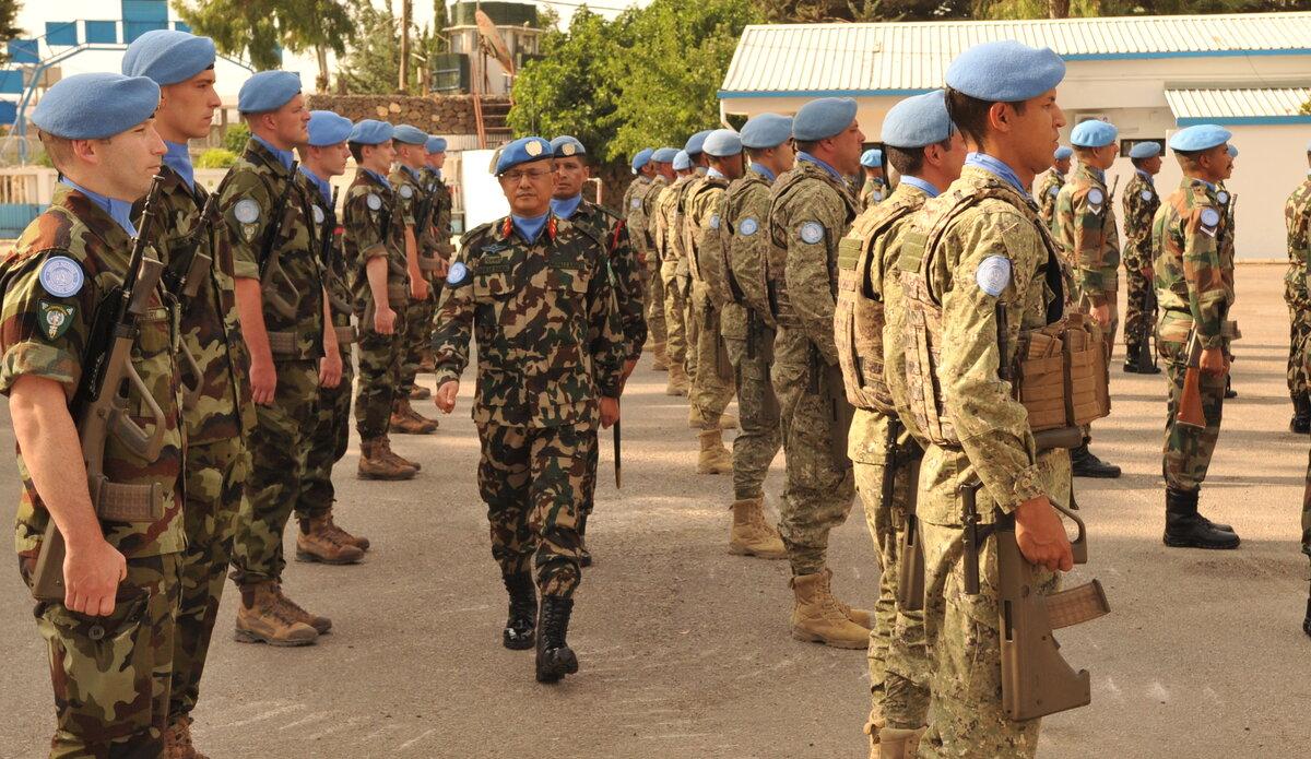 HoM & FC Maj Gen Ishwar Hamal Inspecting Honor Guard