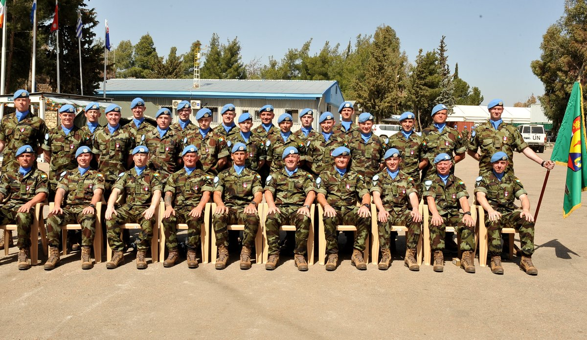 Lt Col Oliver Dwyer Officer Commanding FRC 60 Inf Gp UNDOF with a portion of the Officers NCOS and Men who received the UNDOF Medal