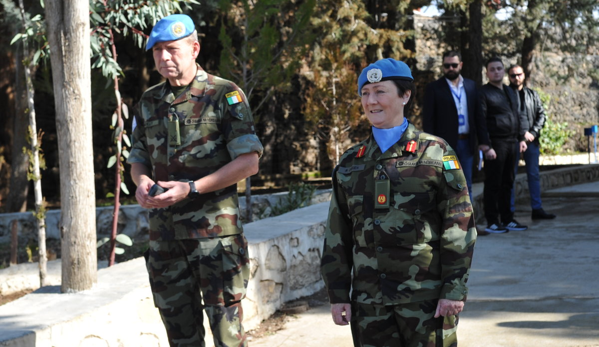 A/FC Brig Gen M O Brien welcomes the Syrian delegation to the Diplomats Day hosted by UNDOF in Camp Faouar