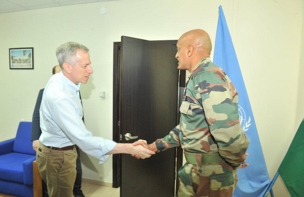 UNDOF Force Commander receiving delegation