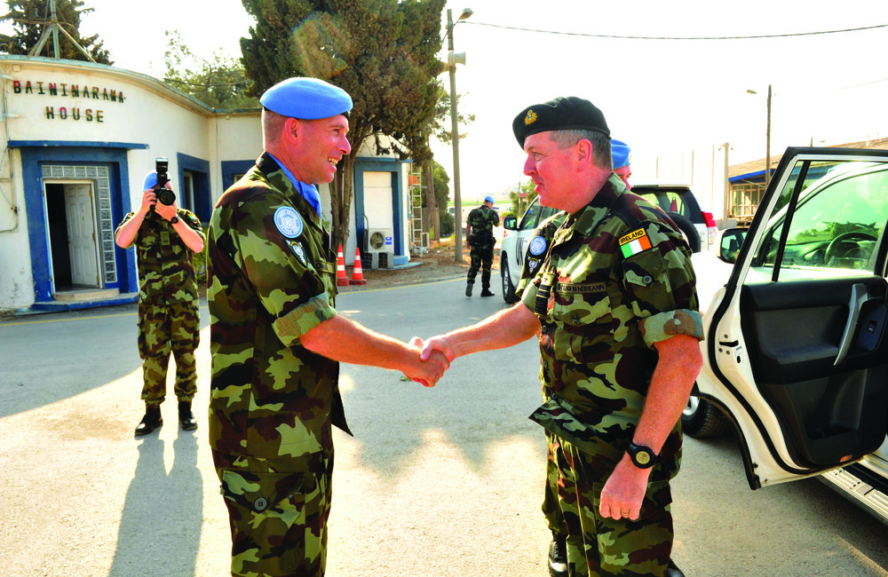 OC FRC & 55th Infantry Group Lt Col David Cowhig welcomes Vice Admiral Mark Mellett Defence Forecs Ireland Chief of Staff