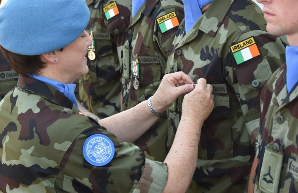 DFC UNDOF presents UNDOF and Peacekeepers Medals to FRC Troops