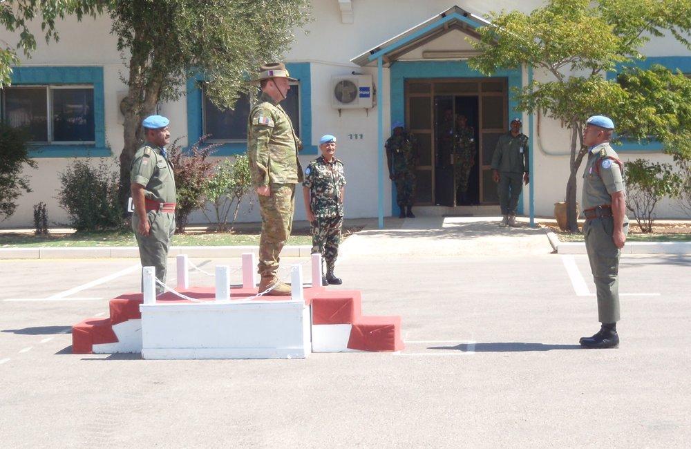 O i/c GOH from Fiji Batt Handsover the GOH to Lt Gen Bilton CJOPS ADF