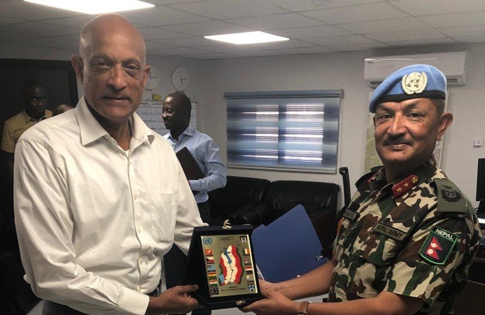 Rtd Maj Gen Jai Menon meets with HoM/FC UNDOF Maj Gen Shivaram Karil.